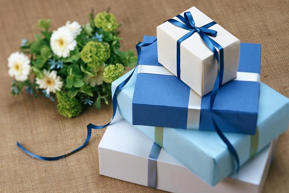 riciclo del regalo si o no